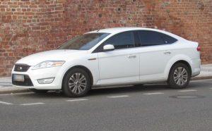 Ford Mondeo bílý