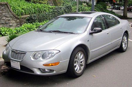800px-2002-2004_Chrysler_300M_-_05-23-2012