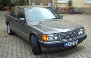 Autobaterie Mercedes-Benz 190