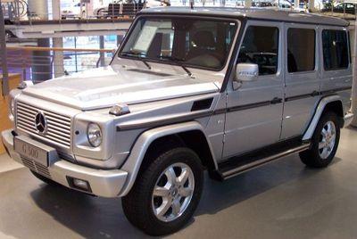 Mercedes_G500_silber