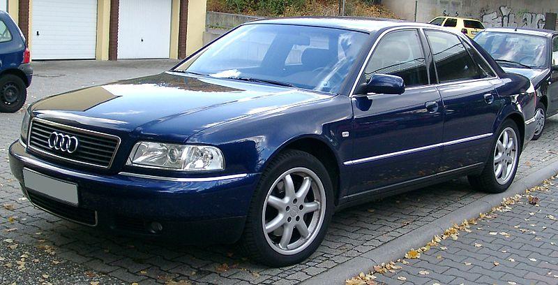 Autosklo Audi A8