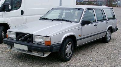 Střešní nosič Volvo 740