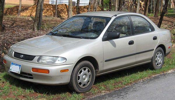 Pneumatiky Mazda 323