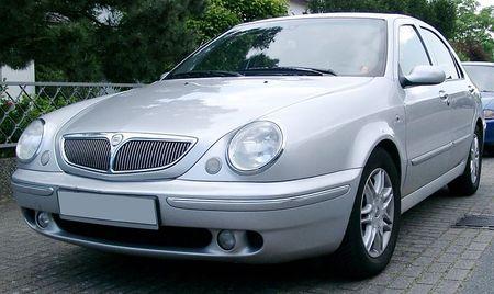 800px-Lancia_Lybra_front_20070523