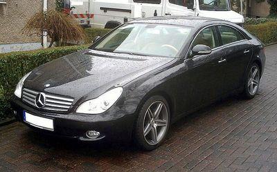800px-Mercedes_CLS_2008-Sport_AMG-Rims