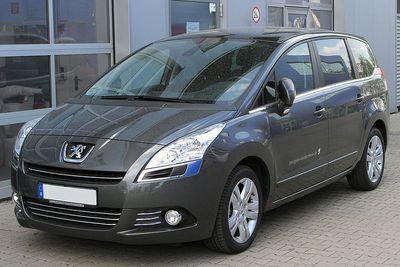 Autokoberce Peugeot 5008